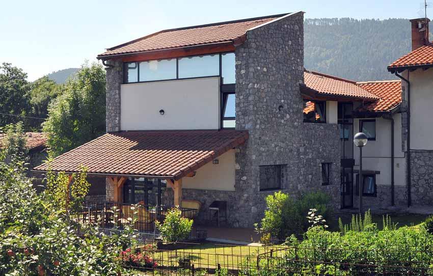 Ampliación de sidrería y vivienda en Monte Arraiz (Bilbao) I