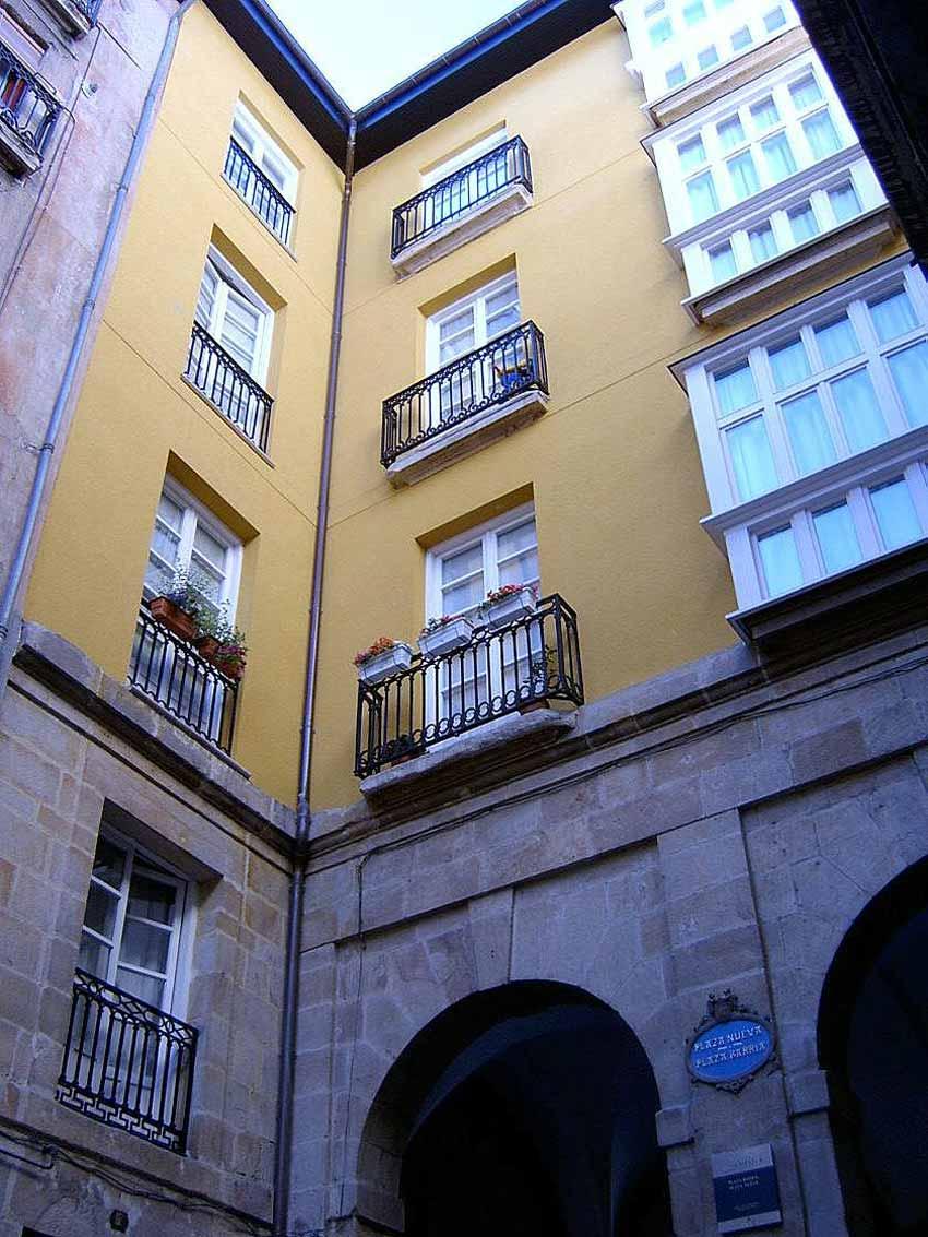 Edificio de viviendas Bilbao Plaza Nueva