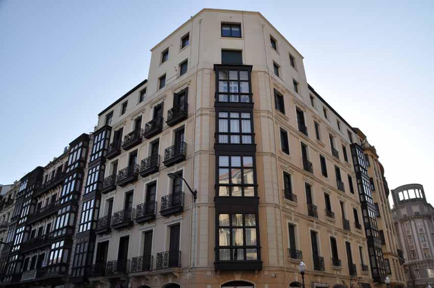 Remodelación plantas 1,2 y 3 en Plaza del Ensanche (Bilbao)