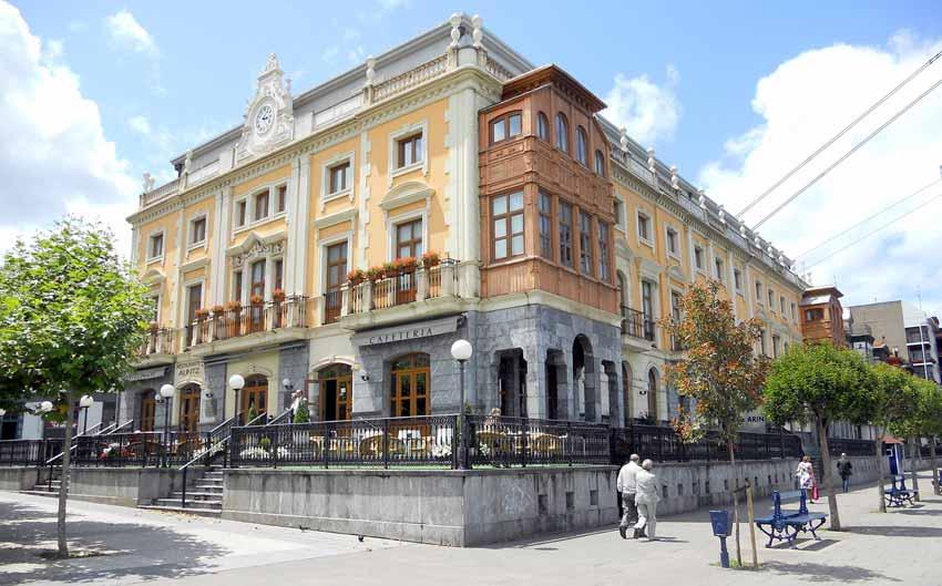 Hotel Puente Colgante Portugalete